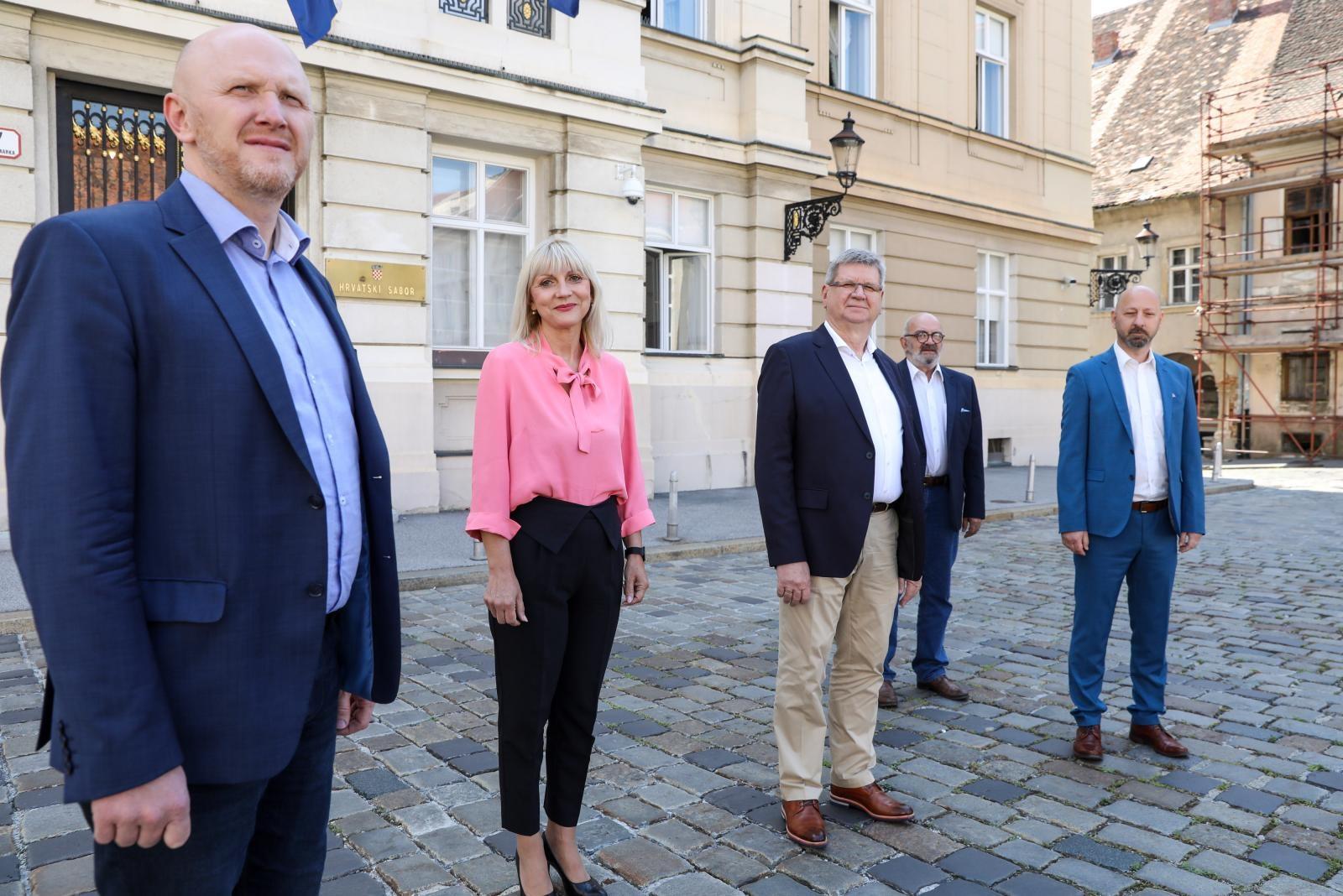 Renato Petek, Bojana Hribljan, Mirando Mrsic, Davor Dobrovic, David Bregovac, photo: Patrik Macek - PIXSELL